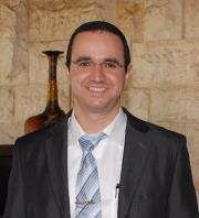 עורך דין מיכאל גנון