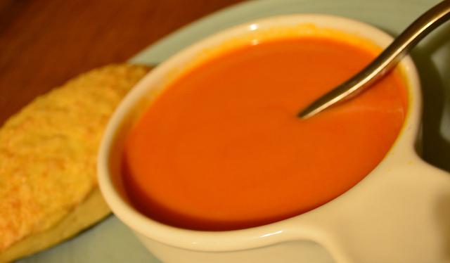 מרק עגבניות פשוט